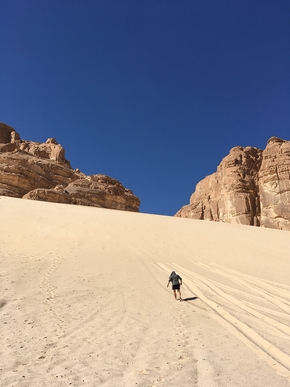 sand dune 3809865 1920